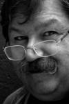 """Fondateur du nA�o-polar mexicain et grande figure de la littA�rature mexicaine, Paco Ignacio Taibo II est A�crivain et historien. Il bA�nA�ficie da��une importante reconnaissance internationale dans le milieu du roman<a class=""""moretag"""" href=""""http://www.latinoir.fr/paco-ignacio-taibo-ii/""""> [Continuer la lecture...]</a>"""