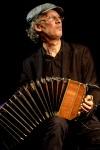 """Cuarteto Esquina Rivoli Concert de Tango 27 juillet 2016  L'atinoir accueille l'écrivain et musicien argentin Pablo Nemirovsky, qui viendra avecle cuartetoEsquina Rivoli, à l'occasion d'une soirée spéciale dédiée<a class=""""moretag"""" href=""""http://www.latinoir.fr/concert-de-latinoir/""""> [Continuer la lecture...]</a>"""